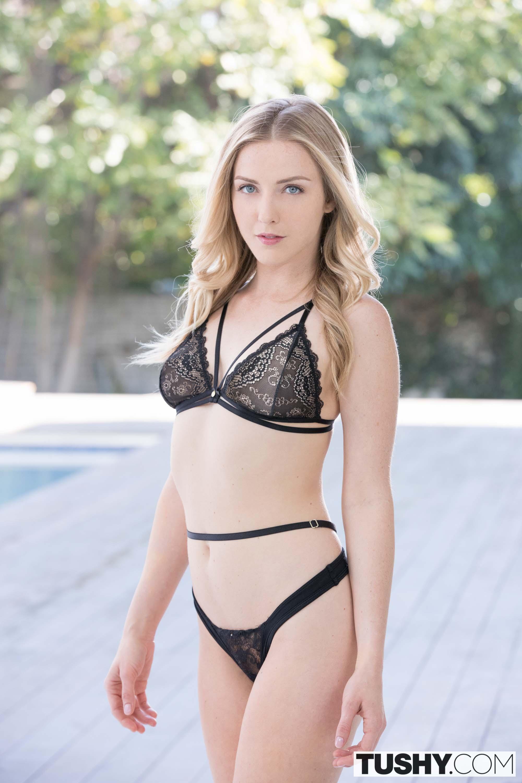 Miriam rivera shemale nude pics